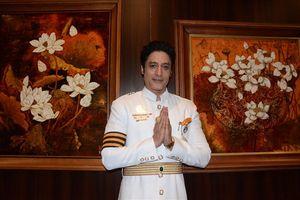 Nam diễn viên chính phim 'Cuộc đời Đức Phật' ấn tượng với đồ ăn Việt