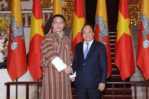 Thủ tướng Nguyễn Xuân Phúc tiếp Chủ tịch Thượng viện Vương quốc Bhutan