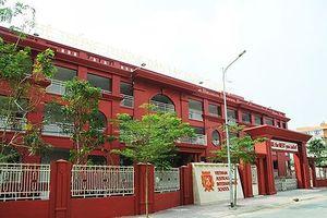 Bữa ăn trưa của Trường Việt Úc ở Sài Gòn có giòi bò lúc nhúc