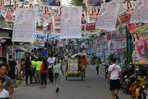 Philippine: 61 triệu cử tri đi bỏ phiếu giữa nhiệm kỳ