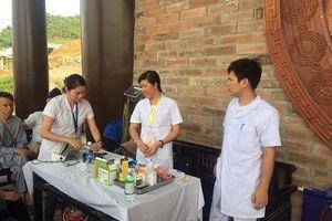 Vesak 2019: Tổ y tế đã khám và chăm sóc cho 300 đại biểu và khách tham quan
