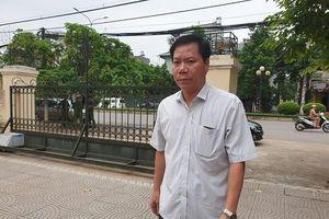 Vụ chạy thận gây chết người: Thiếu luật sư, HĐXX quyết định hoãn phiên tòa
