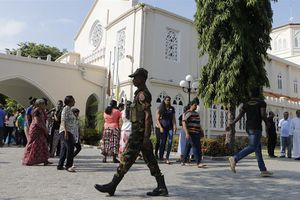 Bạo lực liên tiếp xảy ra, Sri Lanka cấm Facebook, Whatsapp