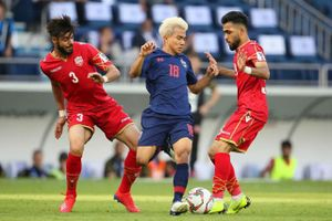 Đội tuyển Thái Lan có thể mất ngôi sao số 1 ở trận gặp Việt Nam