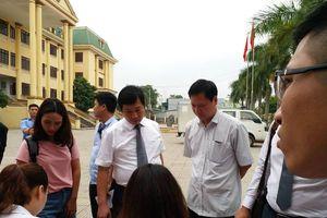 Xử phúc thẩm vụ chạy thận 9 người chết: Hoàng Công Lương không còn mặc chiếc áo xanh 'thân thuộc', tòa vừa mở đã lại hoãn tận 1 tháng