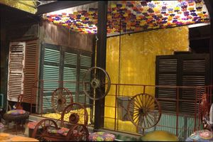 Những quán cà phê tái chế độc đáo tại Hà Nội
