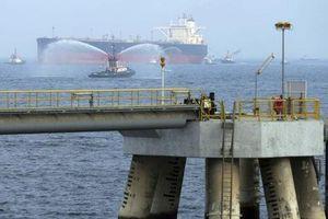 Tàu dầu Saudi gặp nạn: Toàn Trung Đông chấn động