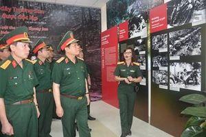 Đại tướng Ngô Xuân Lịch thăm Bảo tàng Đường Hồ Chí Minh và làm việc tại Binh đoàn 12