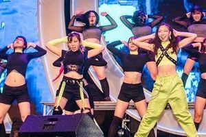 Hàng ngàn bạn trẻ hào hứng với 'Changwon K-pop World Festival'