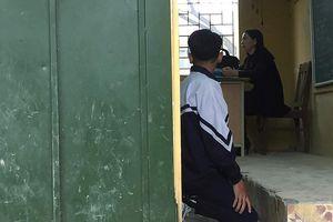 'Bắt học sinh quỳ chỉ càng thể hiện sự bất lực của giáo viên mà thôi '