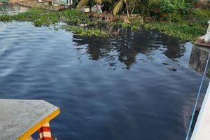 Hậu Giang: Vụ nước sông đen ngòm, 'thủ phạm' là một công ty mía đường