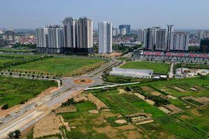 Tuyến đường thi công chậm hơn rùa bò qua khu 'đô thị hạt nhân' ở Hà Nội