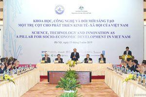 Thủ tướng dự Hội nghị Khoa học công nghệ và Đổi mới sáng tạo