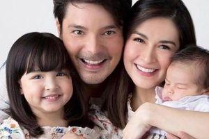 Mỹ nữ đẹp nhất Philippines gây sốt khi đăng ảnh gia đình đẹp như thiên thần