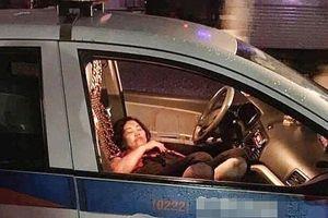 Nam thanh niên đâm trọng thương nữ tài xế taxi rồi nhảy xuống sông với ý định tự tử