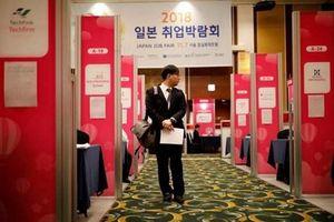Hàn Quốc 'xuất khẩu' ngày càng nhiều... sinh viên đại học thất nghiệp