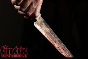 Bị bạt tai, lấy dao đâm bạn trai tử vong