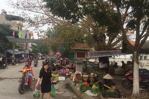 Tăng cường quản lý chợ cóc, chợ tạm ở đường Lĩnh Nam