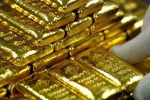 Giá vàng, USD đồng loạt giảm