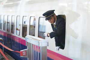 Người Nhật xem lại chuyện đúng giờ