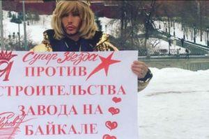 Nhà tạo mẫu nổi tiếng người Nga Sergei Zverev bị phạt vì phản đối Trung Quốc