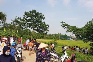 Hà Nội: Người dân hoảng hốt phát hiện thi thể người đàn ông trên cánh đồng