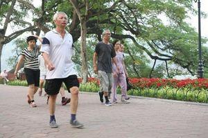 Bài tập thể dục giữa giờ mẫu do Bộ Y tế phát động