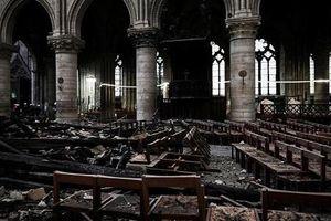 Ám ảnh trong Nhà thờ Đức Bà Paris một tháng sau vụ cháy