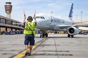 Mỹ đình chỉ mọi chuyến bay đến và đi từ Venezuela
