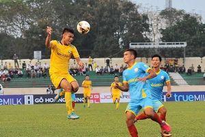 Nghịch lý sân nhà ở trận SLNA – Sanna Khánh Hòa