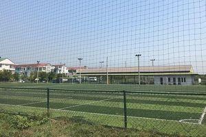 Khu đô thị xây hàng loạt sân bóng đá, nhà làm việc trái phép