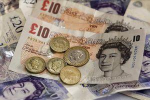 Đồng bảng Anh rơi xuống mức thấp nhất 3 tháng so với đồng USD