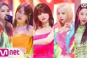 Sân khấu comeback ME&YOU đầu tiên của EXID: Mời các antifan từng chê nhóm một màu vào… đếm màu!