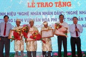 Trao tặng danh hiệu 'Nghệ nhân nhân dân', 'Nghệ nhân ưu tú' tại Sóc Trăng
