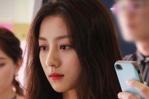 9X Hàn Quốc được khen xinh đẹp bất chấp ảnh mặt mộc hay chụp lén