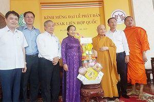 Lãnh đạo TPHCM chúc mừng nhân Đại lễ Phật đản
