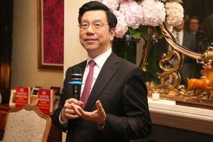Cựu chủ tịch Google Trung Quốc rút đầu tư khỏi Mỹ