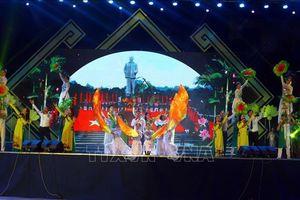 Khai mạc Lễ hội Làng Sen năm 2019