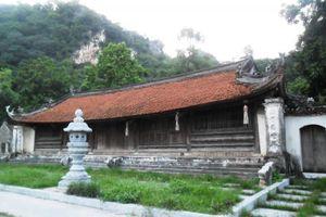 Về chùa Thầy nghe chuyện cũ, tích xưa