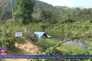Phát hiện quả bom dưới lòng suối ở Điện Biên