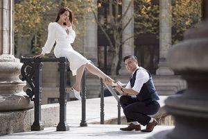 Đạo diễn 'Cua lại vợ bầu' tung ảnh cưới lãng mạn ở Pháp, kể chuyện tình 4 năm với bà xã