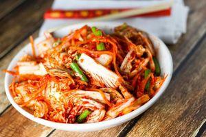 Làm kim chi chuẩn Hàn Quốc để đổi món ngày cuối tuần