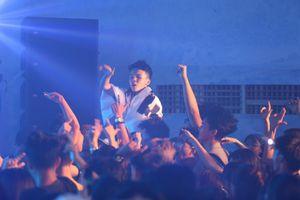 Khán giả Đà Nẵng không ngừng nhún nhảy cuồng nhiệt tại sự kiện