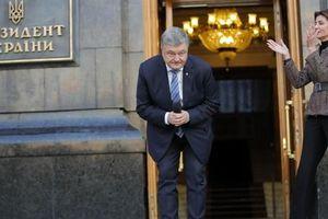 Ông Poroshenko bị kiện