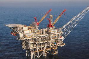Căng thẳng Trung Đông đẩy giá dầu tăng vọt trong tuần