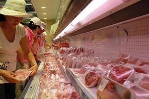 Đề xuất cấp đông thịt lợn dự trữ để tránh bất ổn cung cầu