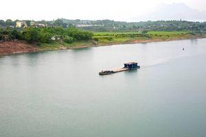 Kiểm tra, xử lý thông tin san lấp trái phép lòng sông Hồng