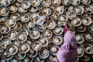 Tháng ăn chay Ramadan và lễ Phật đản vào top ảnh tuần