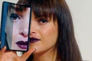 Galaxy Fold - Smartphone 2.000 USD có rất nhiều cái hay nhưng còn khuyết điểm