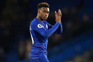 Callum Hudson-Odoi lấy áo số 10 Chelsea của Hazard
